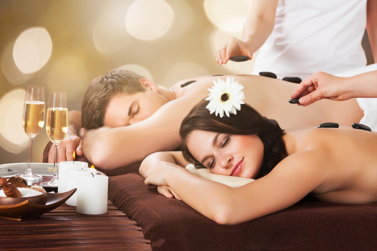 Couple Hot Stone Massage | Serenity Massage + Wellness Spa